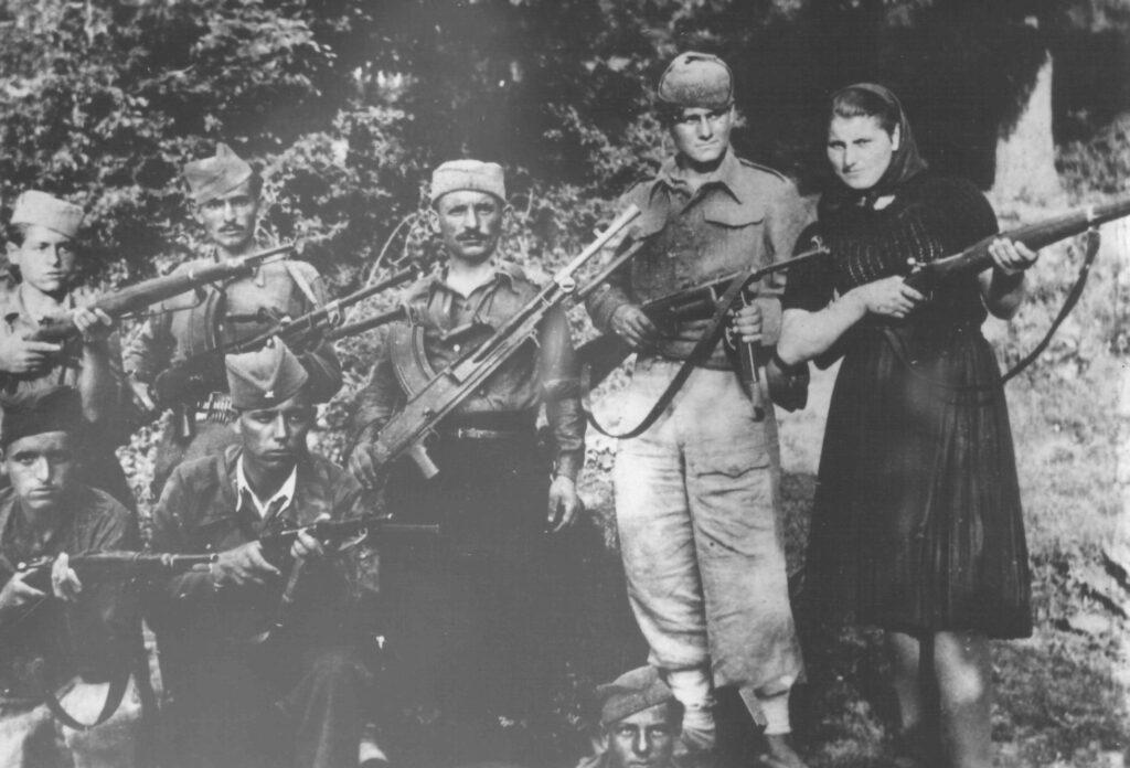 01-Pokret otpora u Kucevu-02-Borci pozarevackog odreda u leto 1942